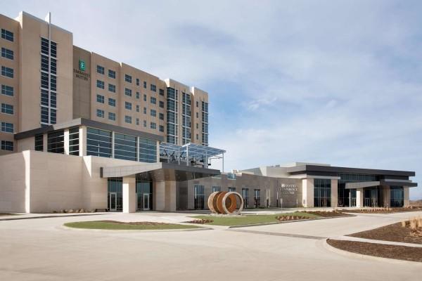 Hotel Embassy Suites by Hilton Kansas City Olathe