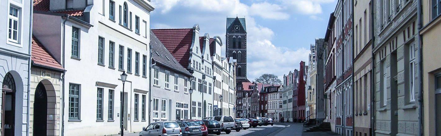 HRS Preisgarantie: 18 Hotels in Wismar beim Testsieger - 6 Hotelvideos ✔ Geprüfte Hotelbewertungen ✔ Kostenlose Stornierung