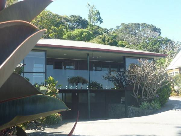Hotel Pohutukawa Coast Bed & Breakfast