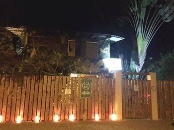 Tropical Sands Dominical Eco Inn