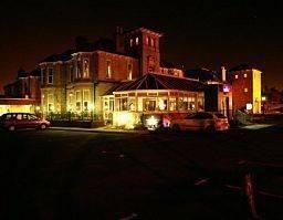 Hotel Fairfield House