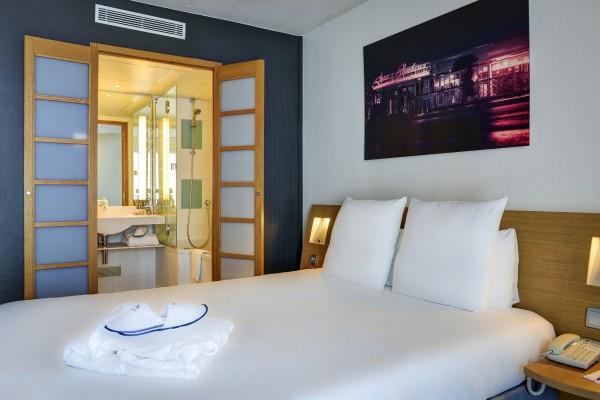 Hotel Novotel Paris Suresnes Longchamp