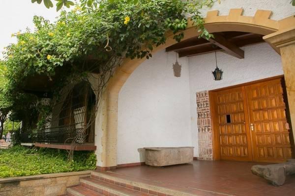 Hotel La Casa Rosalía