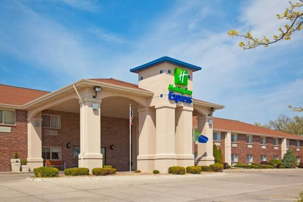 BAYMONT INN AND SUITES LINCOLN