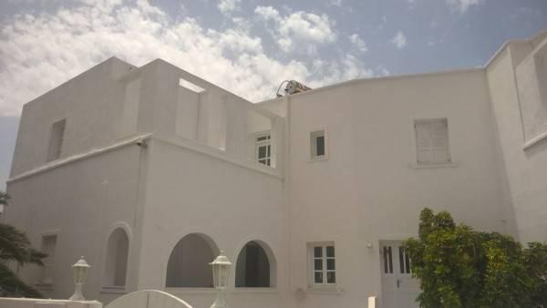 Hotel Three Harites