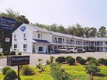 Passport Inn & Suites