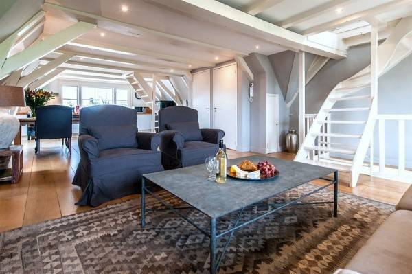 Hotel Prince Canalhouse Apartment Suites