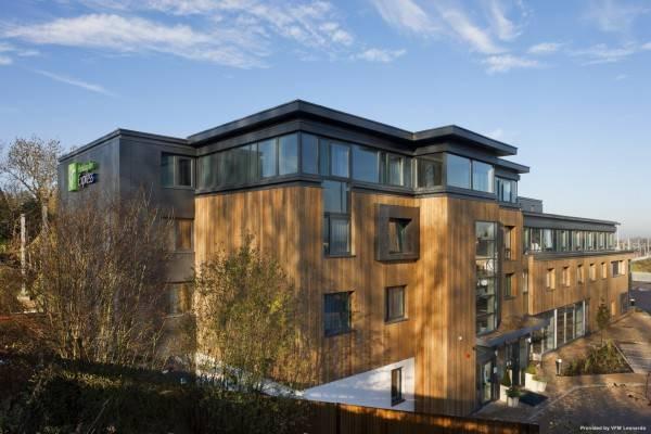 JCT.10 Holiday Inn Express CAMBRIDGE-DUXFORD M11