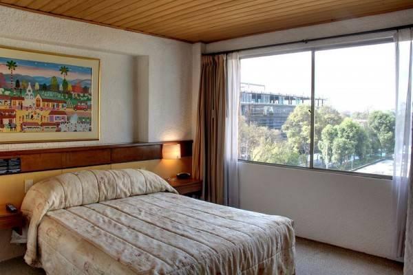 Hotel Ayenda 1073 Suites Real 97