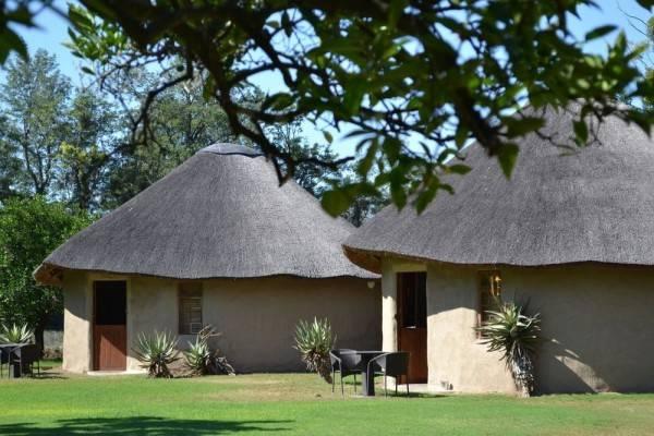 Hotel Chrislin African Lodge
