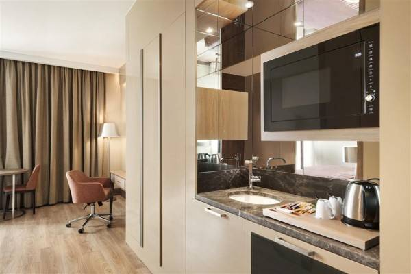 Hotel Hawthorn Suites By Wyndham Istanbul Airport