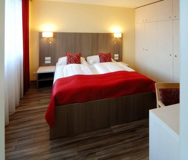 Hotel Wellness Step