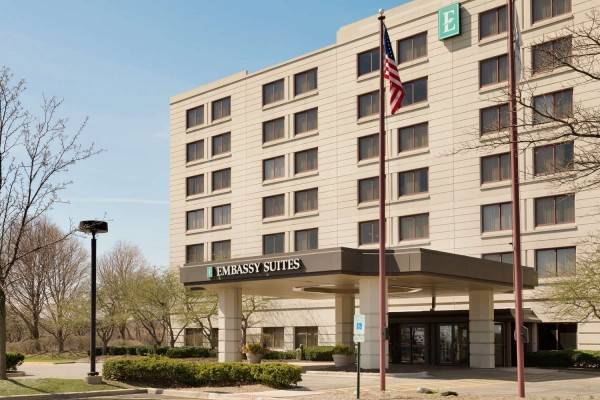 Hotel Embassy Suites by Hilton Chicago North Shore Deerfield