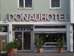 Donauhotel Bed & Breakfast