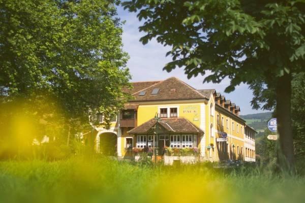 Gasthof Hotel Pack Zur Lebing Au