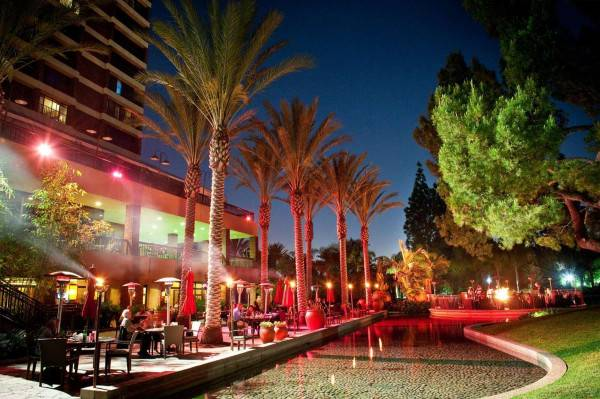 Hotel Pacific Palms Resort LIF