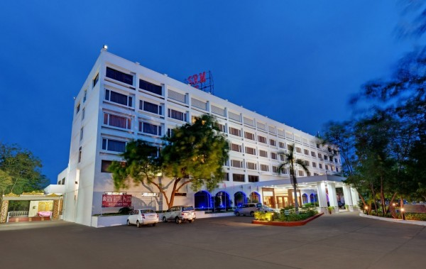 SRM Hotel Khajamalai