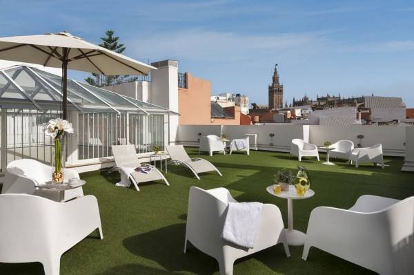 Hotel Suites Sevilla Plaza Apartamentos