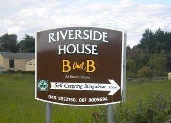 Hotel Riverside House Bed & Breakfast