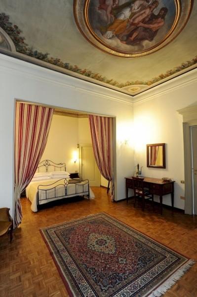 Hotel Antica Dimora B&B in Historic Residence
