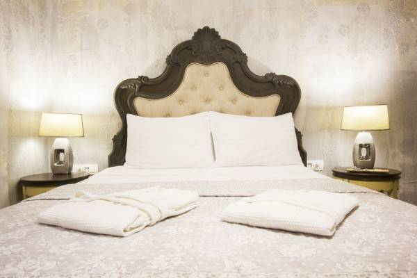 Hotel Plaza Marchi Old Town