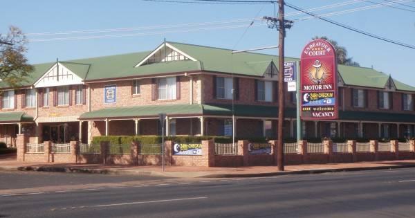 Endeavour Court Motel