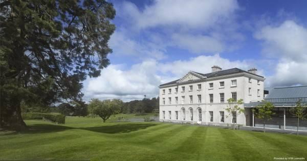 Hotel Farnham Estate Spa and Golf Resort