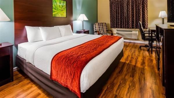 SureStay Plus Hotel by Best Western Kearney Liberty North