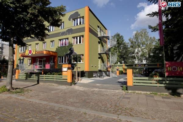 hostel & hotel HoLi