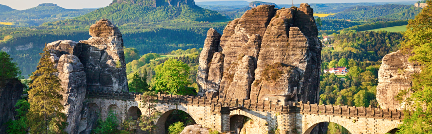 Sommerurlaub mit HRS, Beste Unterkünfte, Günstiger Preis, die Sächsische Schweiz wartet auf Sie!
