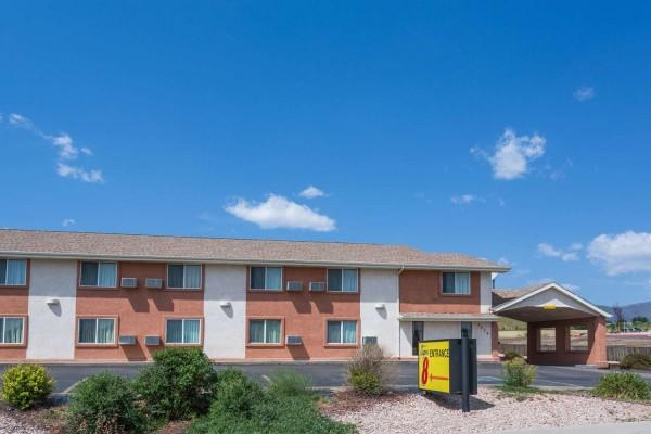 Hotel Super 8 by Wyndham Colorado Springs/Chestnut Street
