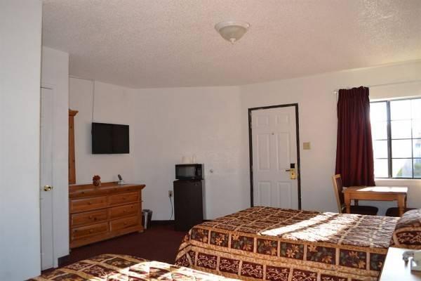 El Rancho Dolores Motel