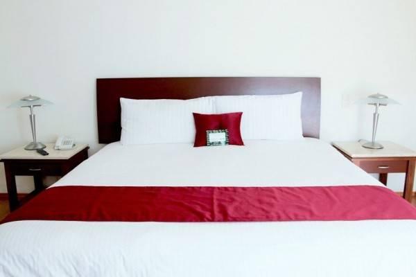 Hotel ARISTOTELES 140