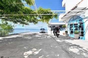 Hotel Beachfront Apartmants Zanic