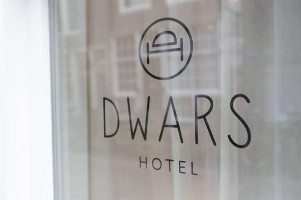 Hotel Dwars