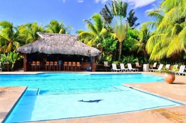 Hotel Anthony's Key Resort