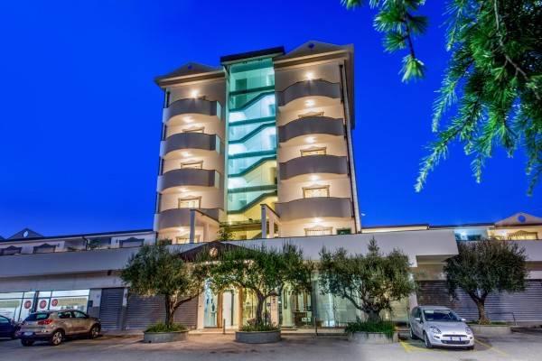 Arcom Palace Apparthotel