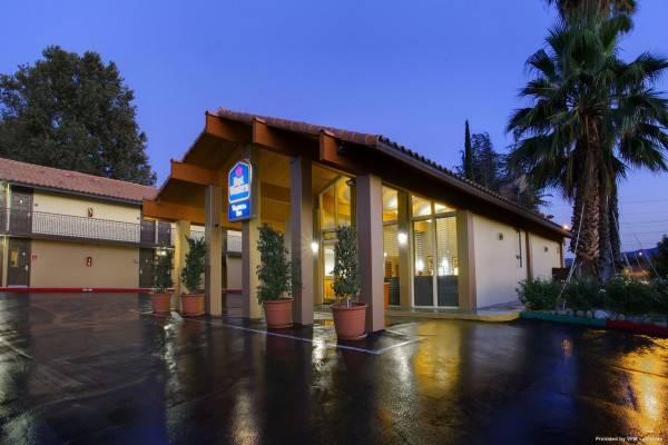 BEST WESTERN VALENCIA RANCH HOUSE INN