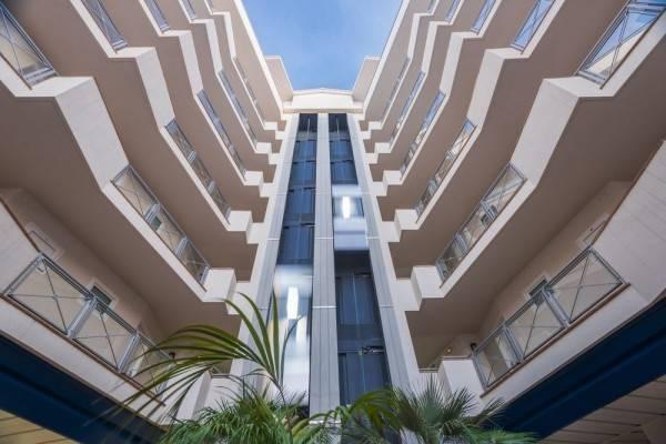 Hotel Tahití Playa Suites