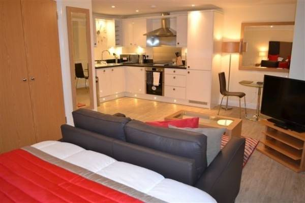 Hotel HoF APTS Basingstoke