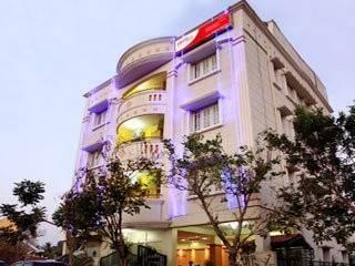 Hotel Hoppers Stop - Yelahanka