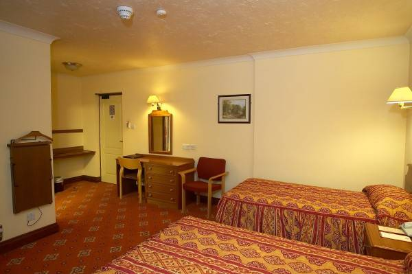 CONTINENTAL HOTEL CAMBERLEY