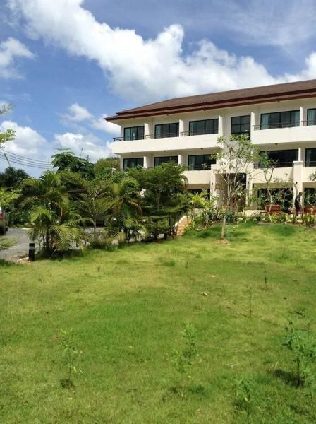 Hotel Baan Leelawadee Apartment