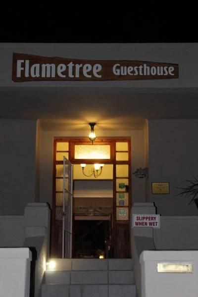 Hotel Flametree Guesthouse