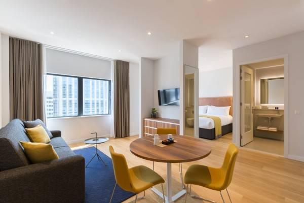 Hotel PREMIER SUITES PLUS Rotterdam