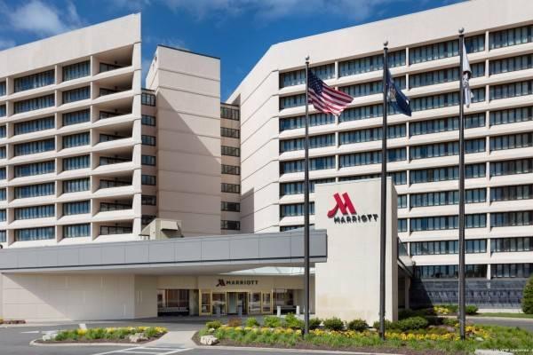 Hotel Long Island Marriott
