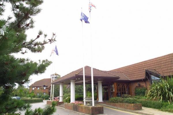 Hotel Newbury Town Centre South A339
