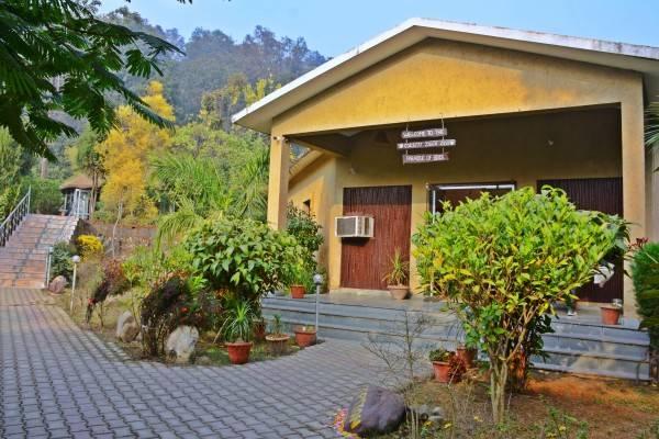Hotel 1589 Corbett Tiger Den Resort
