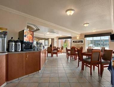 Hotel SUPER 8 FORT ST JOHN BC