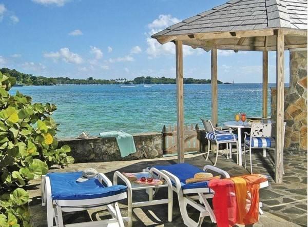 Hotel Young Island Resort